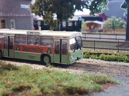Modellbahnanlage MEC: Bayreuth- AltstadtWer kennt Ihn nicht mehr? Der Stadtbus der Stadtwerke Bayreuth im unverkennbaren grün mit Werbung!
