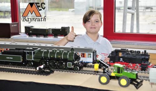 Unsere Jugend hat mit der Spur I und auch den Traktoren Ihren Spass